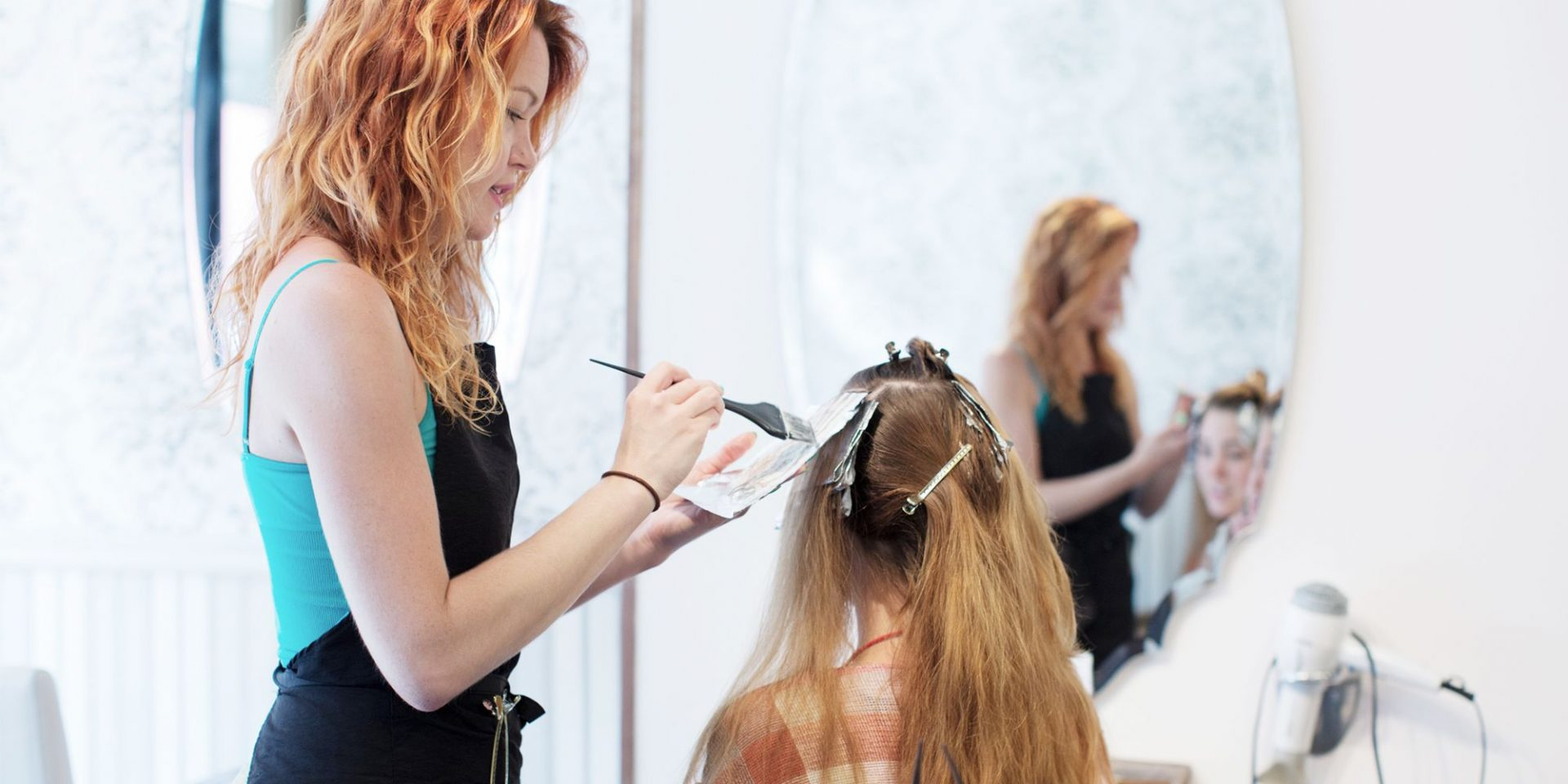 Customer to Hairstylist: Importance of communication, help and giving gifts